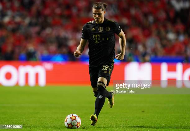 Marcel Sabitzer of FC Bayern Munchen in action during the Group E - UEFA Champions League match between SL Benfica and Bayern Munchen at Estadio da...