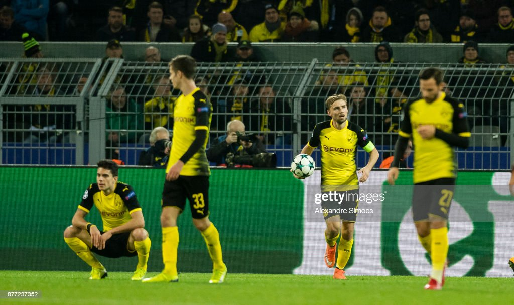Borussia Dortmund v Tottenham Hotspur - UEFA Champions League : News Photo