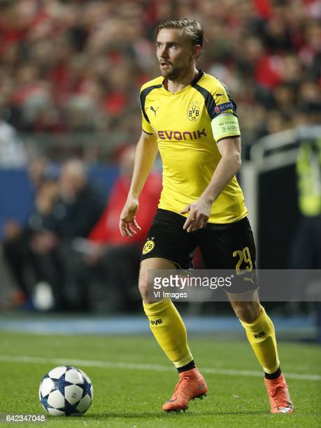Marcel Schmelzer of Borussia Dortmundduring the UEFA Champions League round of 16 match between SL Benfica and Borussia Dortmund on February 14 2017...