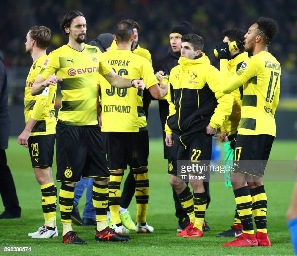 Marcel Schmelzer of Dortmund Neven Subotic of Dortmund Oemer Toprak of Dortmund Dr Markus Braun of Dortmund Christian Pulisic of Dortmund and...
