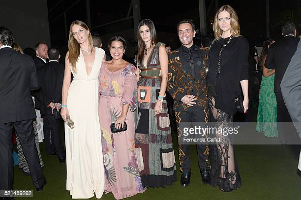 Marcele BittarDaniela FalcaoCarol RibeiroMatheus Mazafera and Ana Claudia Michels attend at 2016 amfAR Inspiration Gala Sao Paulo on April 15 2016 in...