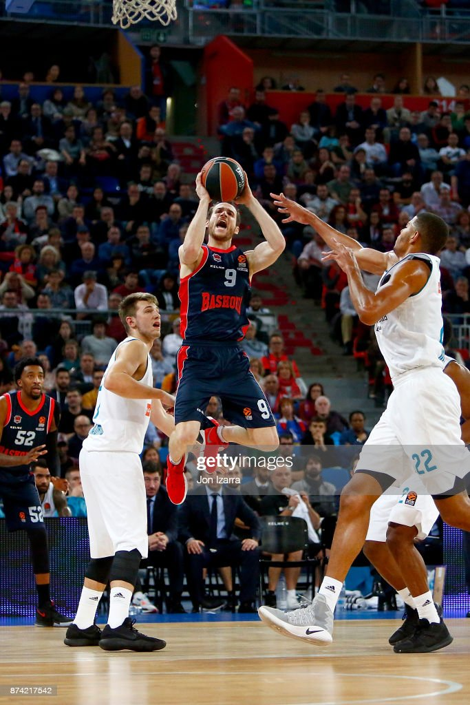 Marcelinho Huertas, #9 of Baskonia Vitoria Gasteiz in action during the 2017/2018 Turkish Airlines EuroLeague Regular Season Round 7 game between Baskonia Vitoria Gasteiz and Real Madrid at Fernando Buesa Arena on November 14, 2017 in Vitoria-Gasteiz, Spain.