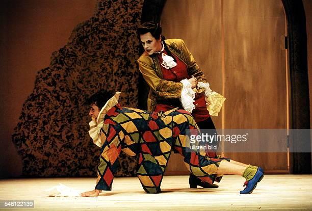Marcello de Nardo und Andrea Nürnberger in 'Diener zweier Herren' von Carlo Goldoni R Franz Matter Schlossparktheater Premiere