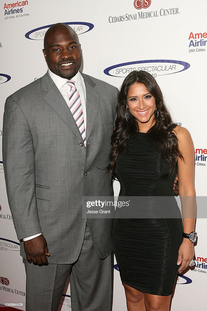 Marcellus Wiley (L) and guest arrive at the 25th anniversary of Cedars-Sinai Sports Spectacular at the Hyatt Regency Century Plaza on May 23, 2010 in Century City, California.
