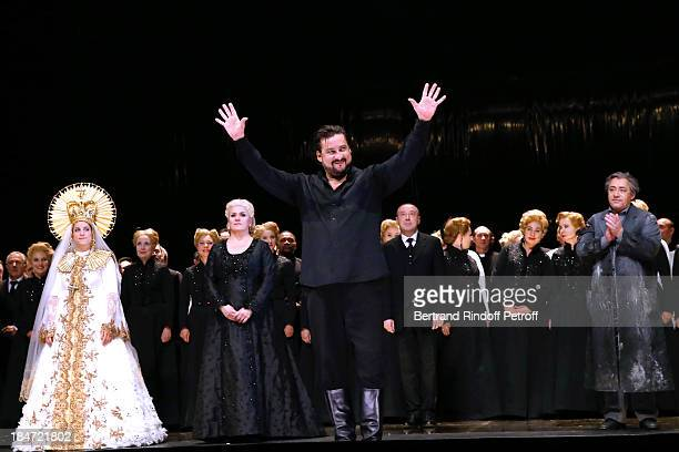 Marcelo Alvarez in the role of Radames at the end of the representation AROP Gala at Opera Bastille with a representation of 'Aida' on October 15...
