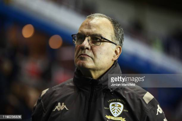 Marcelo Bielsa manager of Leeds United looks on during the Sky Bet Championship match between Reading and Leeds United at Madejski Stadium on...