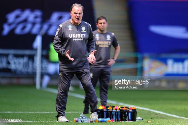 Marcelo Bielsa Manager of Leeds United shouts instructions to his team from the dug-out during the Sky Bet Championship match between Swansea City...