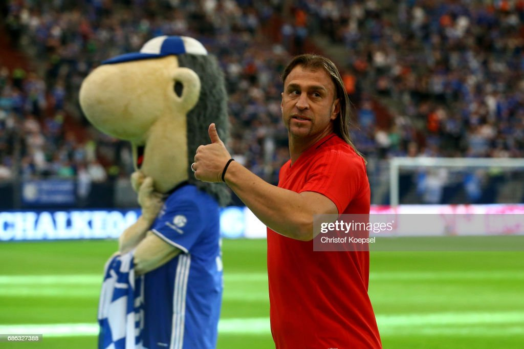 Marcelo Bordon of Euro All Stars warms up prior to the 20 years of Eurofighter match between Eurofighter and Friends and Euro All Stars at Veltins Arena on May 21, 2017 in Gelsenkirchen, Germany.