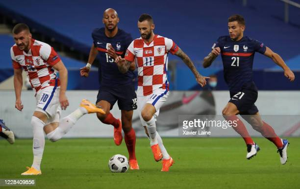 Marcelo Brozovic of Croatia in action during the UEFA Nations League group stage match between France and Croatia at Stade de France on September 8...