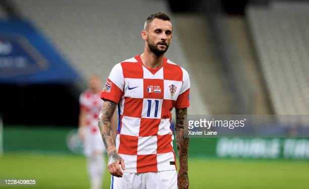 Marcelo Brozovic of Croatia looks on during the UEFA Nations League group stage match between France and Croatia at Stade de France on September 8...