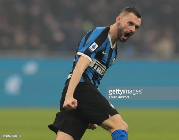 Marcelo Brozovic of FC Internazionale celebrates his goal during the Serie A match between FC Internazionale and AC Milan at Stadio Giuseppe Meazza...