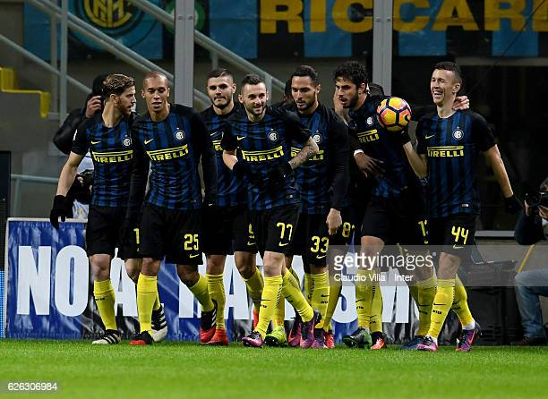 Marcelo Brozovic of FC Internazionale celebrates with teammates after scoring the opening goal during the Serie A match between FC Internazionale and...