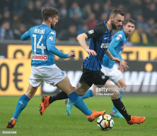 Marcelo Brozovic of FC Internazionale Milano is challenged by Dries Mertens of SSC Napoli during the serie A match between FC Internazionale and SSC...