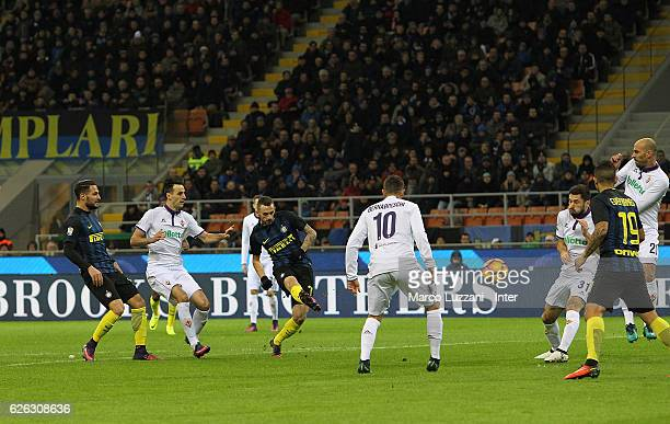 Marcelo Brozovic of FC Internazionale scores the opening goal during the Serie A match between FC Internazionale and ACF Fiorentina at Stadio...