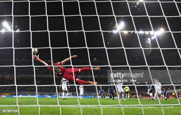 Marcelo Brozovic of FC Internazionale scores the third goal during the serie A match between FC Internazionale and Cagliari Calcio at Stadio Giuseppe...