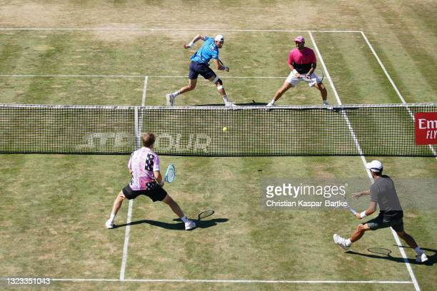Marcelo Demoliner of Brazil and Santiago Gonzalez of Mexico react during their final match against Ariel Behar of Uruguay and Gonzalo Escobar of...