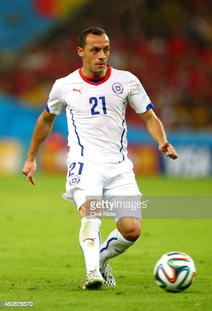 Marcelo Diaz of Chile controls the ball during the 2014 FIFA World Cup Brazil Group B match between Spain and Chile at Maracana on June 18 2014 in...