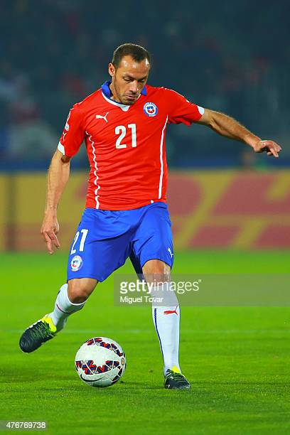 Marcelo Diaz of Chile kicks the ball during the 2015 Copa America Chile Group A match between Chile and Ecuador at Nacional Stadium on June 11 2015...