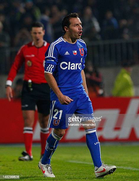 Marcelo Diaz of Universidad de Chile celebrates his goal during penalty's against Libertad as part of the Copa Libertadores 2012 at National Stadium...