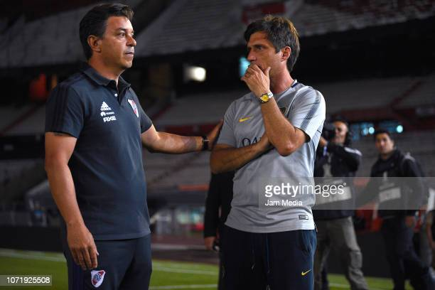 Marcelo Gallardo and Gustavo Barros Schelotto talk during the second leg final match of Copa CONMEBOL Libertadores 2018 between River Plate and Boca...