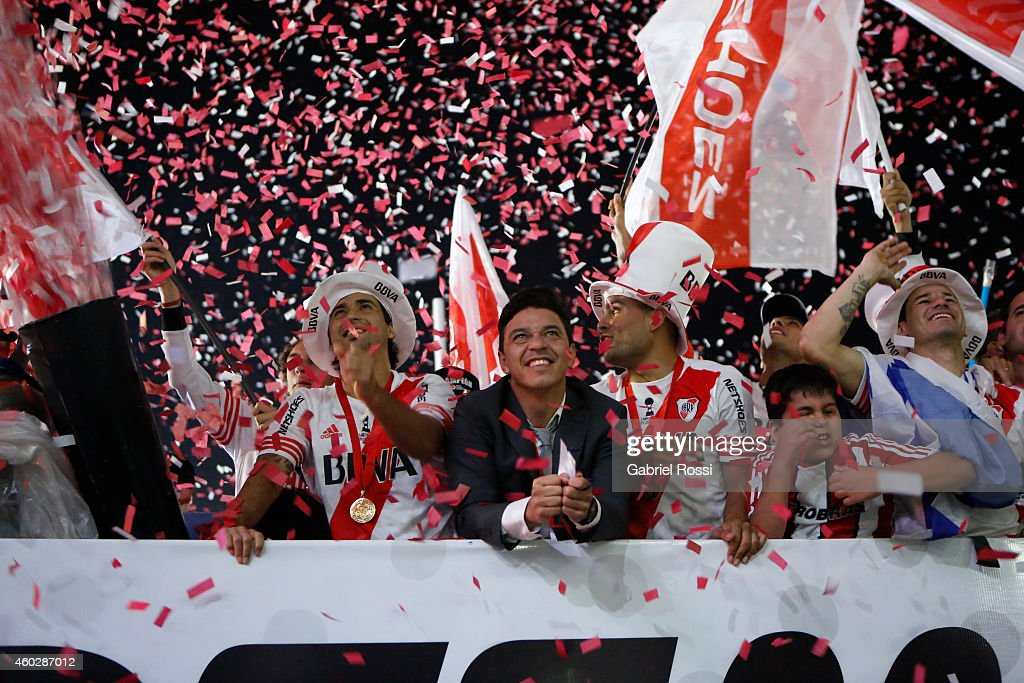Marcelo Gallardo, coach of River Plate celebrate with his players after winning the second leg final match between River Plate and Atletico Nacional as part of Copa Total Sudamericana 2014 at Antonio Vespucio Liberti Stadium on December 10, 2014 in Buenos Aires, Argetina.