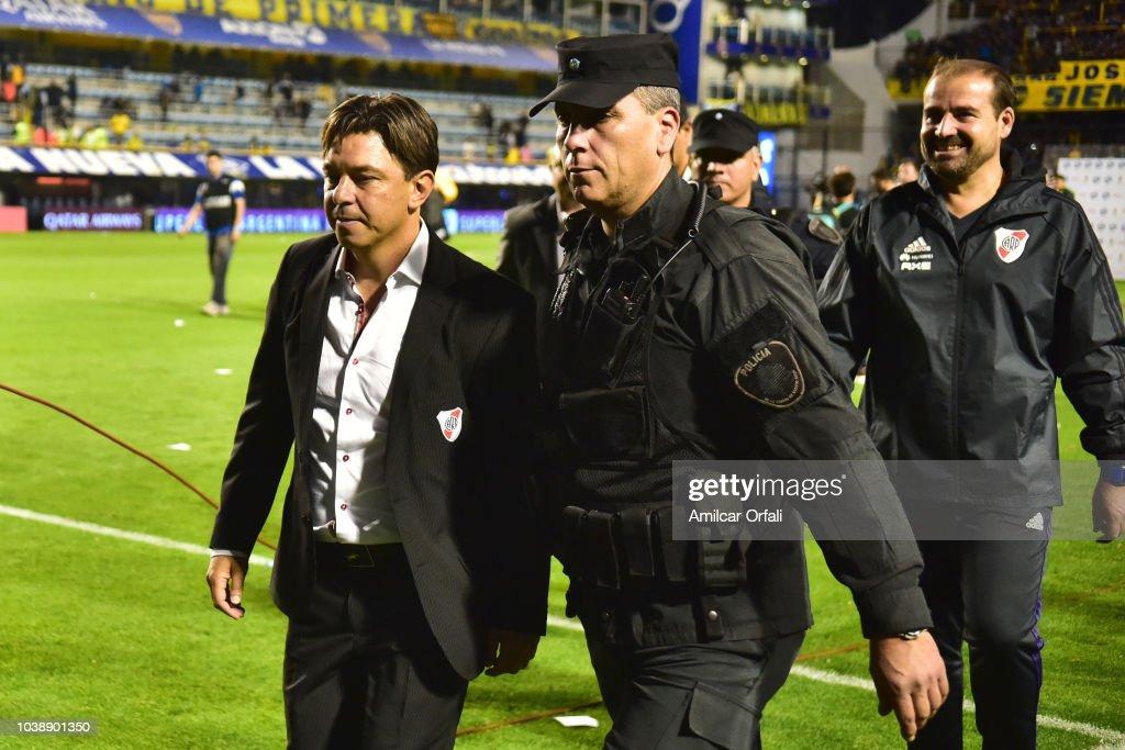 marcelo gallardo coach of river plate leave the field after winning