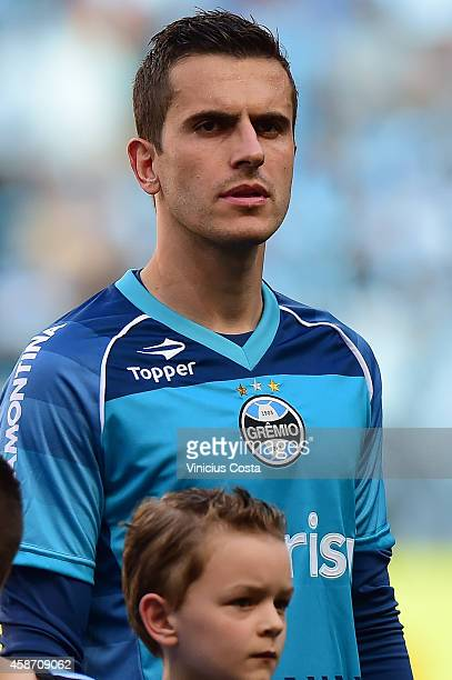 Marcelo Grohe of Gremio before match between Gremio and Internacional as part of Brasileirao Series A 2014 at Arena do Gremio on November 09 in Porto...