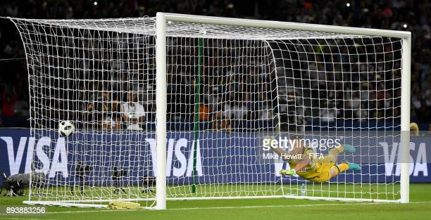 Marcelo Grohe of Gremio fails to stop Cristiano Ronaldo of Real Madrid freekick for Real Madrid's first goal during the FIFA Club World Cup UAE 2017...