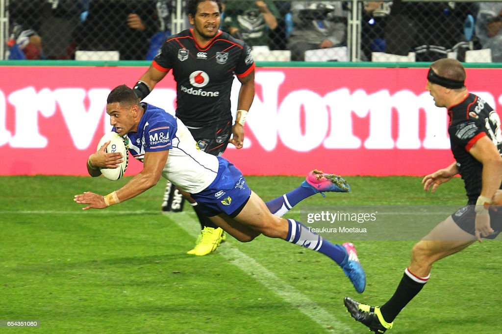 Marcelo Montoya of the Bulldogs scores a try during the round three NRL match between the Bulldogs and the Warriors at Forsyth Barr Stadium on March 17, 2017 in Dunedin, New Zealand.