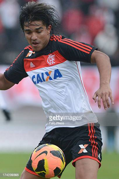 Marcelo Moreno of Flamengo runs for the ball during the match between Flamengo and Internacional for the Brazilian Serie A 2013 on July 21 2013 in...
