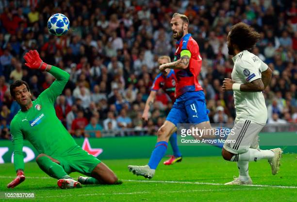 Marcelo of Real Madrid scores his team's second goal during the Group G match of the UEFA Champions League between Real Madrid and Viktoria Plzen at...