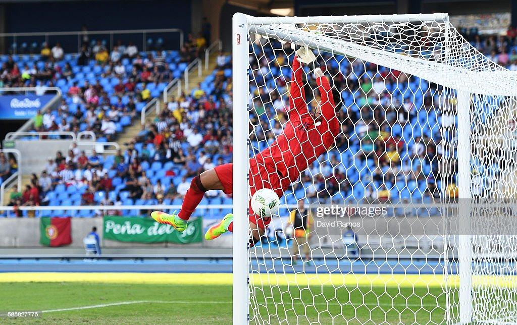 Honduras v Algeria: Men's Football - Olympics: Day -1 : News Photo