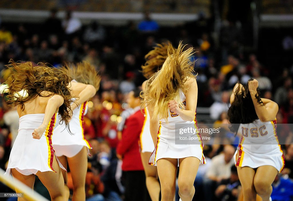 NCAA BASKETBALL: MAR 12 Pac-10 Tournament - USC v Cal : News Photo