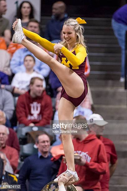 Minnesota Golden Gophers cheerleaders perform during the Big Ten Men's Basketball Tournament game between the Wisconsin Badgers vs Minnesota Golden...