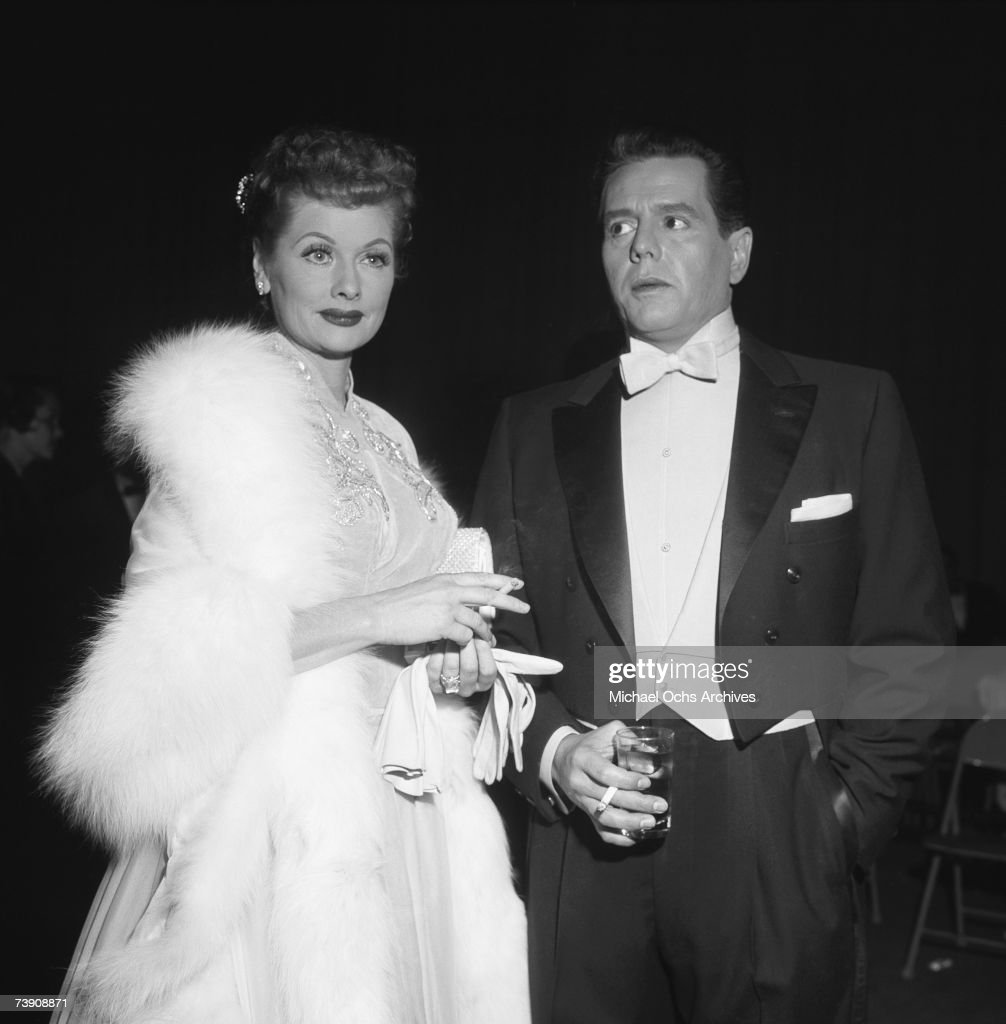 March 16, 1957, Burbank, Lucille Ball and Desi Arnaz : News Photo