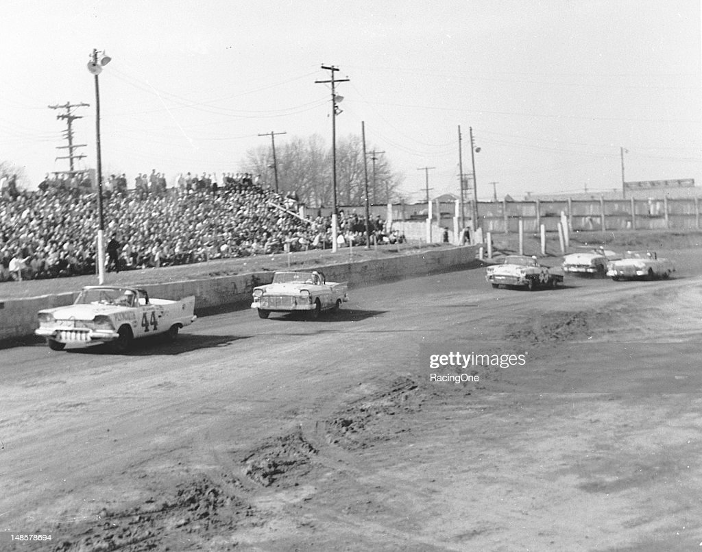 NASCAR Convertibles - Greensboro 1957 : News Photo