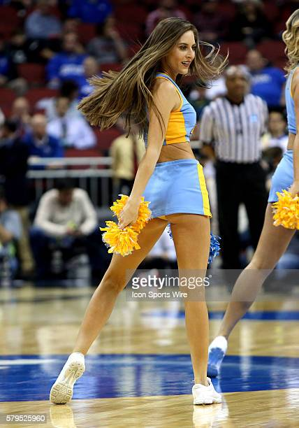 Ucla Cheerleader Stock Photos And Pictures Getty Images