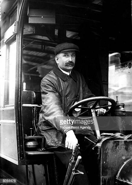 A British bus driver in 1910