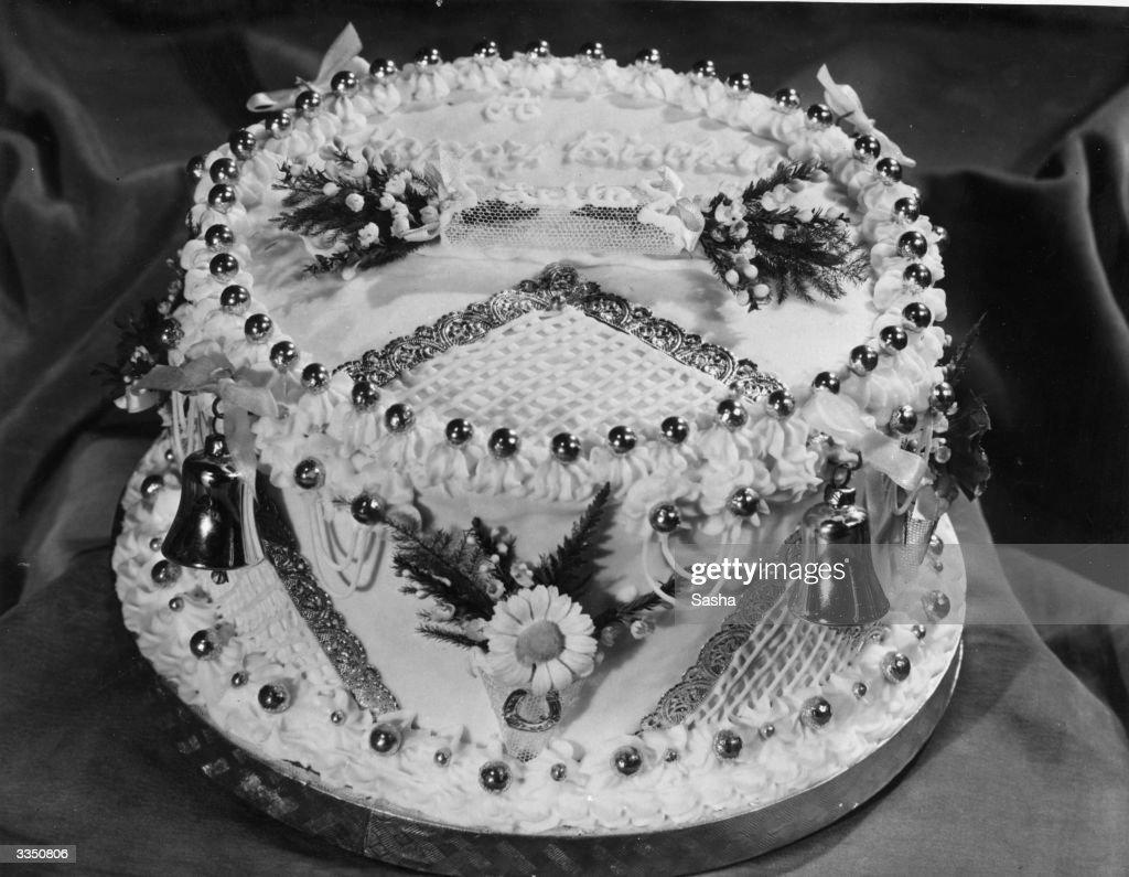 The Birthday Cake Of Mrs Stewart Wife Of Photographer Sasha News