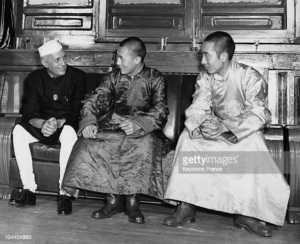 March 1959 Pandit Jawaharlal NEHRU the Indian prime minister having a talk with the 14th DALAILAMA Tenzin GYATSO and the 10th PANCHEN LAMA NGOERHTEHNI