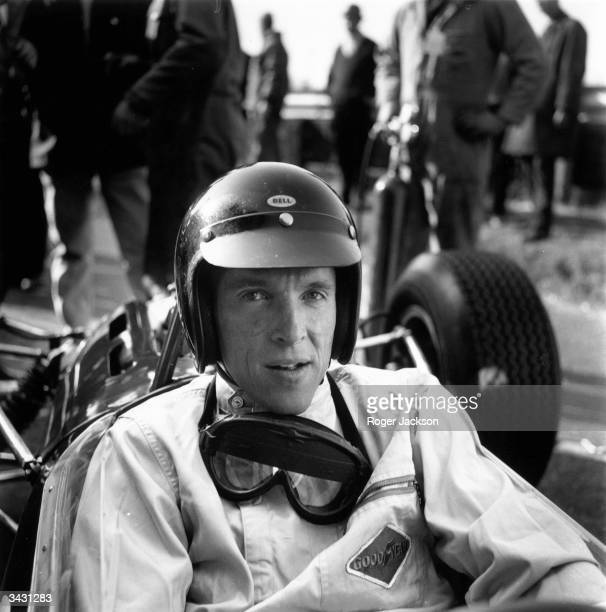American racing driver Dan Gurney at the Race of Champions meeting at Brands Hatch.