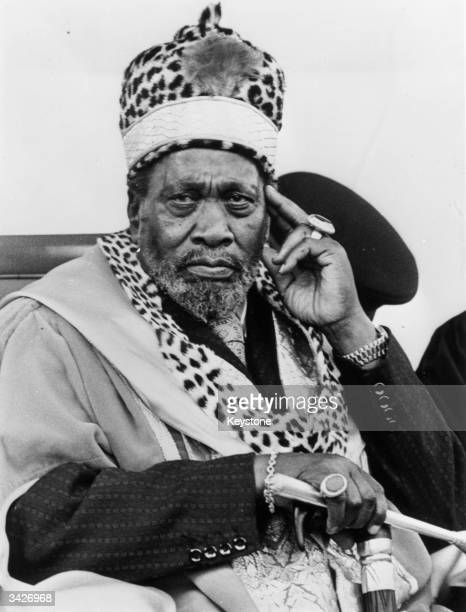 Jomo Kenyatta president of the new Republic of Kenya