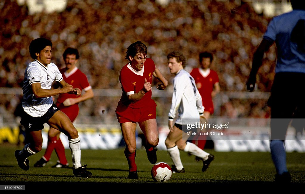 Liverpool v tottenham 1982 league cup final