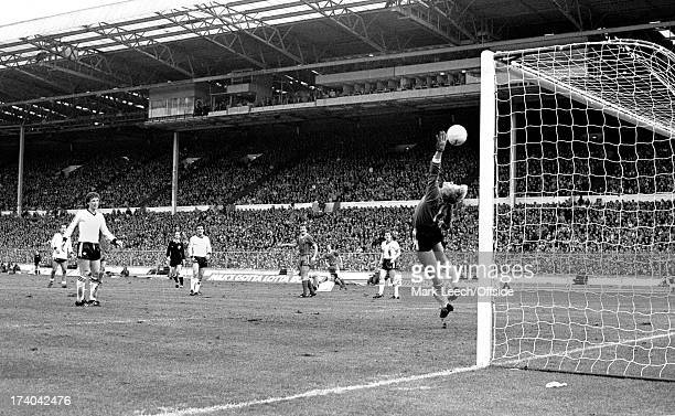 26 March 1983 Wembley Football League Milk Cup Final Liverpool v Manchester United A long ranged shot from Ronnie Whelan goes over United goalkeeper...