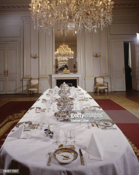 March 1986, the Royal Palace in Brussels: the dining room in the Blue Room.