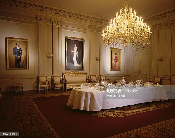 the dining room in the Blue Room