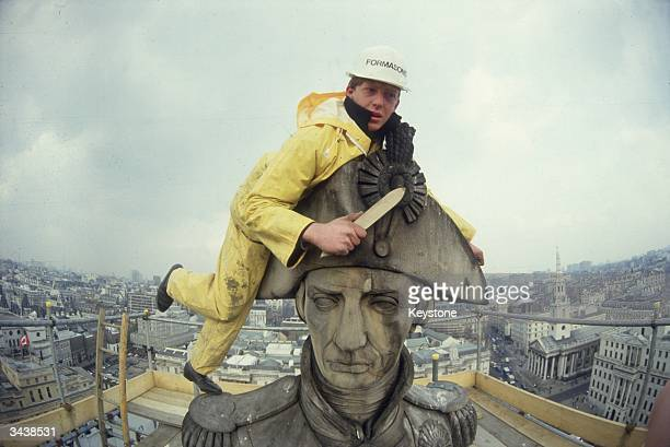 Nelson's Column in Trafalgar Square gets a spring clean