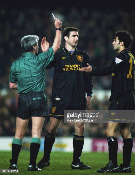 22 March 1994 FA Premiership Arsenal v Manchester United Eric Cantona is given a yellow card despite the protests of Ryan Giggs
