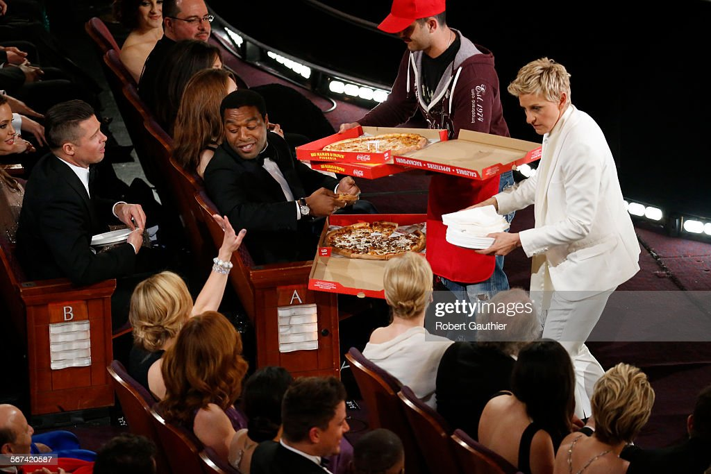 HOLLYWOOD, CA – March 2, 2014 Ellen DeGeneres has pizza delivered to the attendeeduring th : News Photo