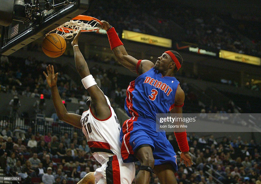 NBA Basketball 2005 - Pistons vs. Trailblazers : News Photo
